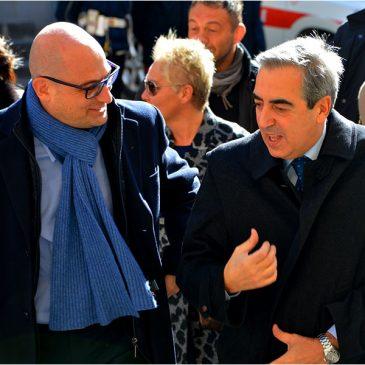 """Maurizio Gasparri, vicepresidente del Senato, in visita alla mostra """"Tutti in moto!"""""""